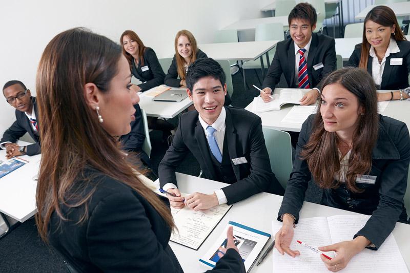 bhms-students-at-school-002