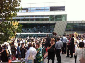 sheffield-university-graduation-piazza